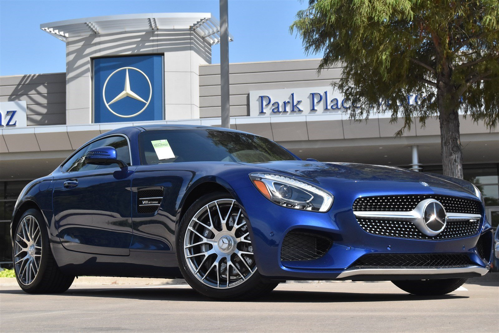 Park place motorcars a dallas mercedes benz dealership for Mercedes benz park place